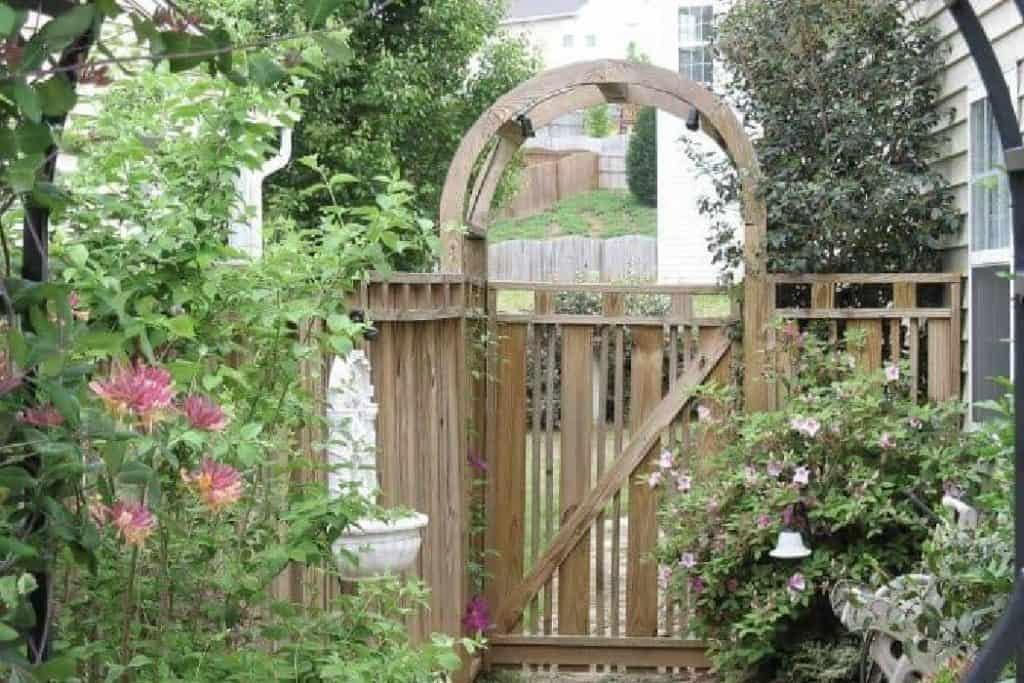 arbor garden structure